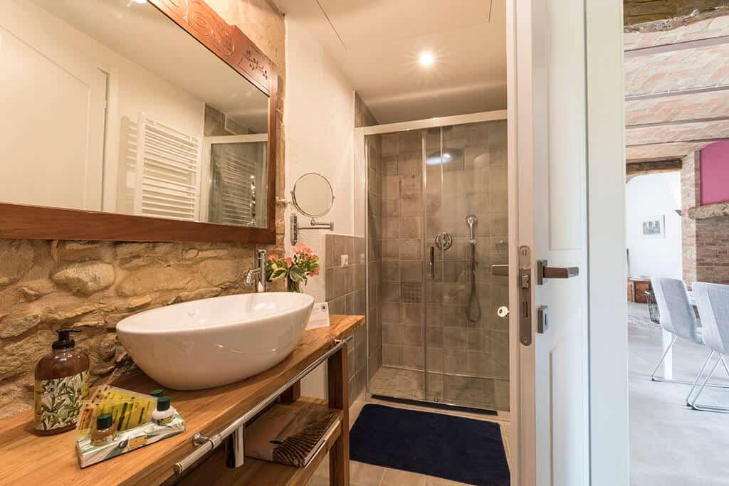 cruarnulfo-bathroom